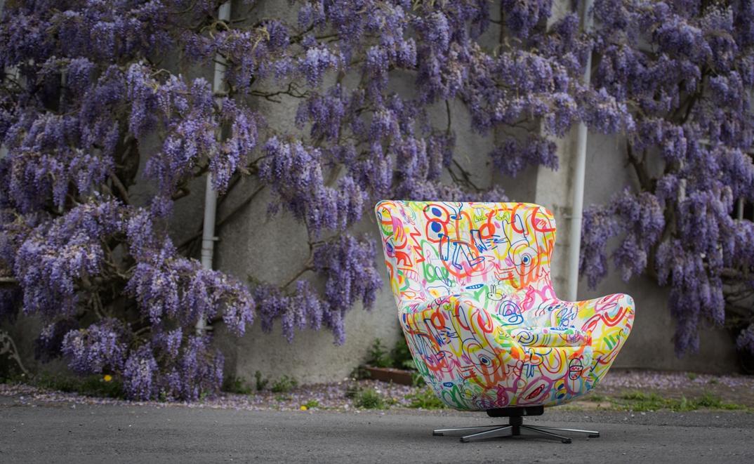 lorraine osborne/scribble chair