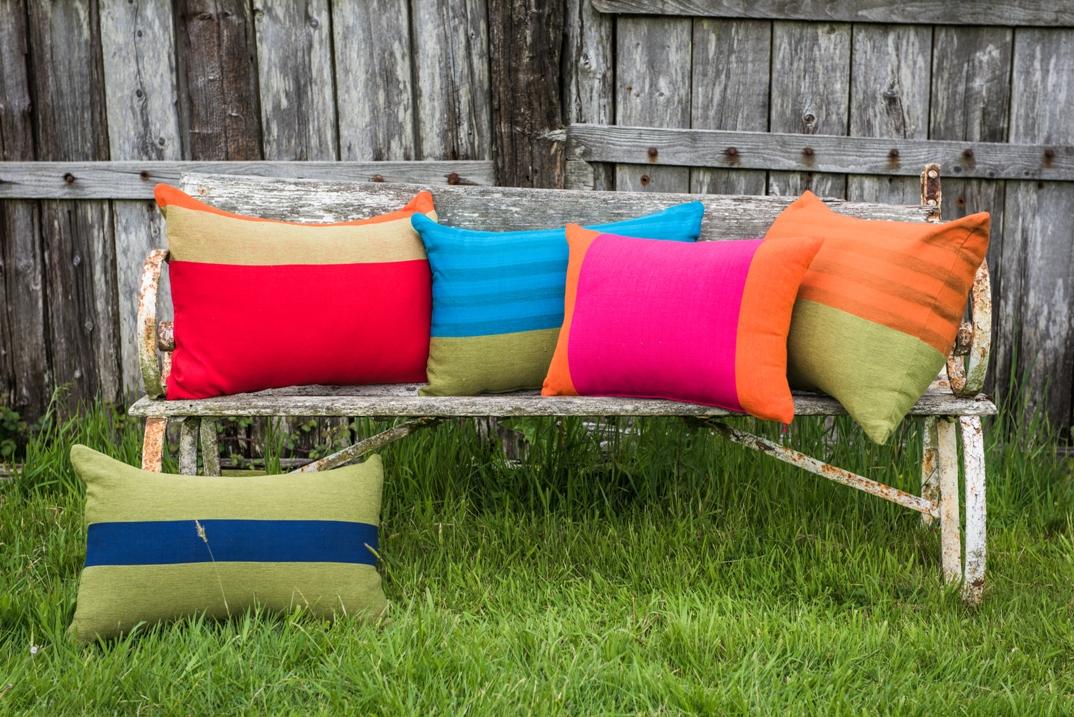 lorraine osborne/barefoot cushions