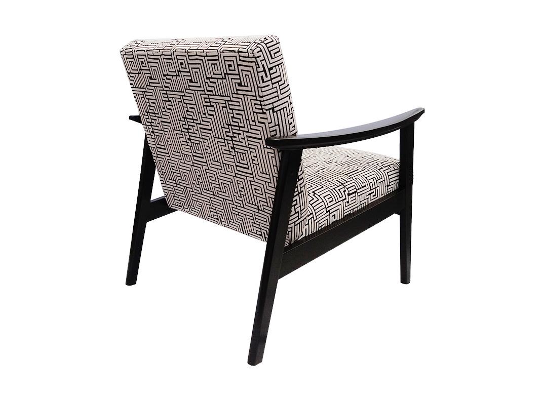 lorraine osborne. b&w telly chair